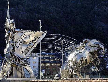 Sculptures and fountains in Escaldes-Engordany