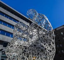Sculptures et fontaines (Jaume Plensa)
