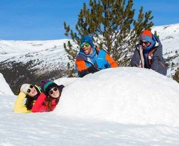 CONSTRUCTION D'IGLOOS A GRANDVALIRA